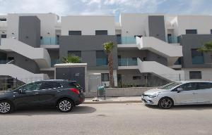 Holiday and Winter lets – Newly built 2 bedroom 2 bathroom apartment Ref Mal25